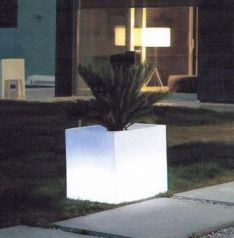 Pot lumineu Vondom.JPG